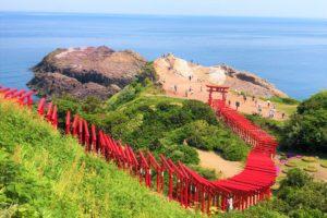 元乃隅神社123基の赤鳥居