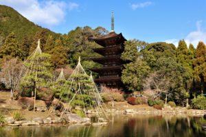 瑠璃光寺五重塔は山口市にある国宝