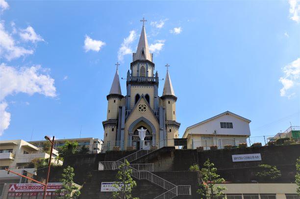 佐世保駅前の三浦町教会
